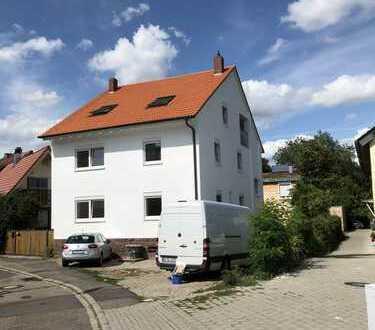 5 Zimmer Maisonette-Wohnung nahe Karlsruhe, ruhig gelegen und verkehrsgünstig in Berghausen