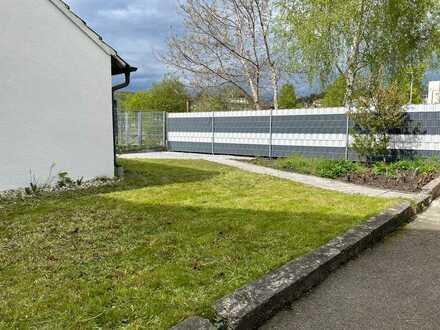 Zimmer in schöner 6er WG/ Ulm Blaustein / WG-Haus mit großem Garten