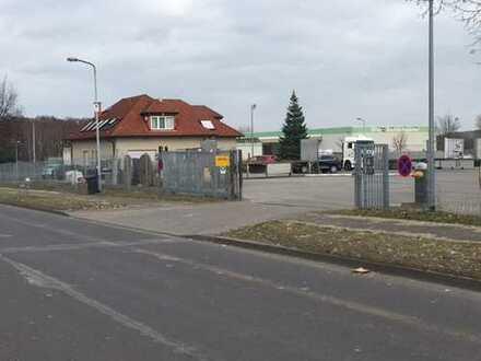 Schwerlast Gewerbegrundstück ca. 7000 m², mit Werkstatthalle und Bürogebäude inkl. 2 Wohnungen
