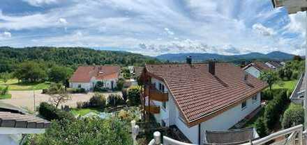 Schöne Zwei-Zimmer-Dachgeschoss-Wohnung in Gaggenau-Ottenau mit Murgtalblick