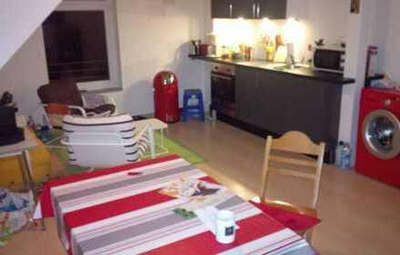 Zimmer in einer 85 qm DG Wohnung in Bonn Dransdorf von privat zu vermieten