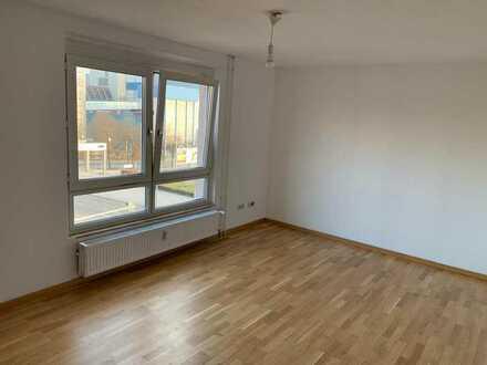 Stilvolle, vollständig renovierte 2-Zimmer-Wohnung in Pforzheim unter 630 Warm