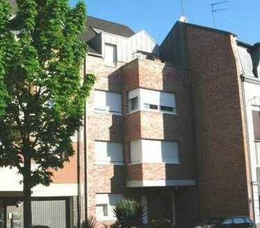 Sehr schöne Dachgeschoss-Maisonette-Wohnung in MG-Holt