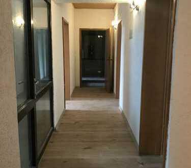 Schöne fünf Zimmer Wohnung in Saarbrücken-Dudweiler