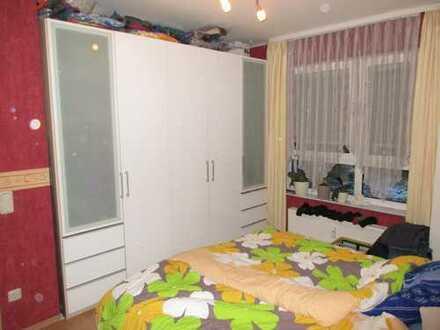 Freundliche, modernisierte 2,5-Zimmer-Wohnung mit gehobener Innenausstattung in Worms