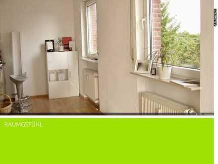 Lichtdurchflutete, schön geschnittene 2-Zimmer-Wohnung