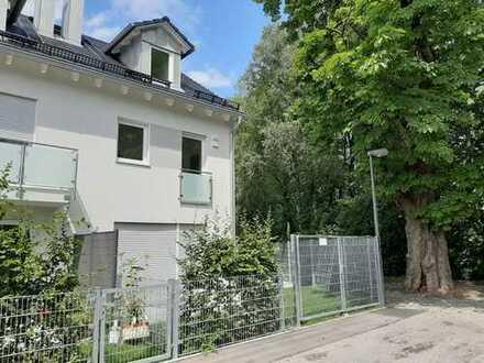 Schönes, geräumiges Haus mit vier Zimmern in Dachau (Kreis), Dachau