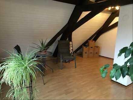 Schönes Haus mit Werkstatt direkt zum einziehen