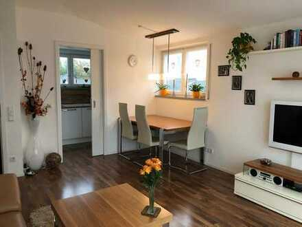 Zum 01.04. frei: stilvolle 2-Zimmer-Penthouse-Wohnung mit Dachterasse und EBK in Ingolstadt