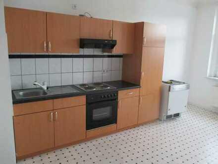 Sonnige 2-Zimmer-Wohnung mit Einbauküche - tolle Pärchenwohnung - in Plauen (Südvorstadt)