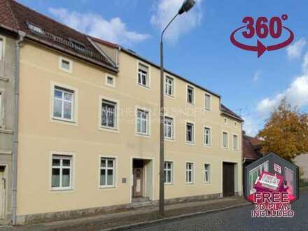 Dreiseitenhof mit großem Generationen-Haus für Arbeit & Familie: ATTRAKTIV. ZENTRAL. FAMILIENGENIAL.