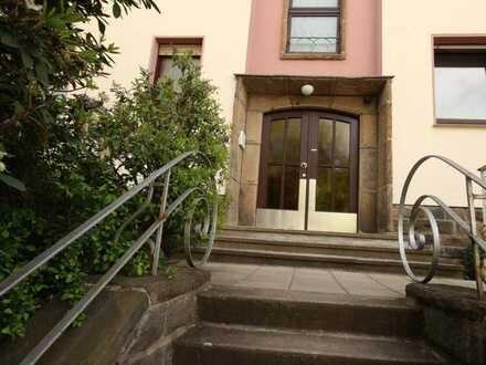 4 1/2-Räume (ca. 125 m²) mit Balkon plus ca. 40 m² wohnliche Ausbaureserve