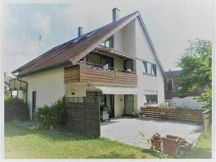 Individuelle 6 Zimmer-Maisonette-Wohnung mit Balkon und Garage