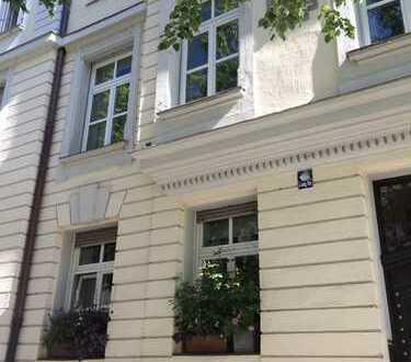Raritätenlage Liebigstraße, München Lehel, wunderbarer Jugenstil Altbau, helle 4,5-Zi.-Whg