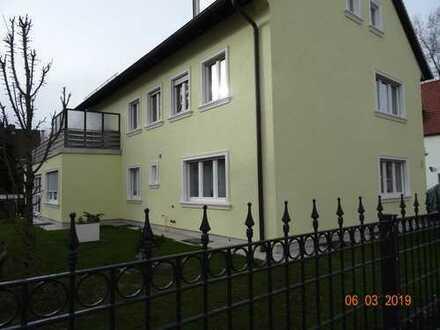 Schöne 3-Zimmer-Wohnung mit großer Terrasse im sonnigen Göggingen