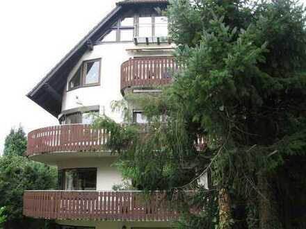 Großzügige 4-Zimmer-Wohnung in 1a-Wohnlage von Ettlingen (Vogelsang) mit großem Südbalkon