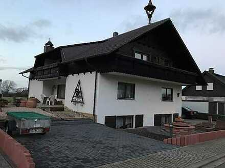 Schöne 4-Zimmer-Wohnung mit Balkon und Einbauküche in Alzey-Worms (Kreis)