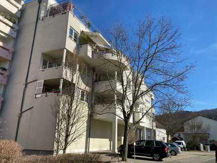 Gepflegte großzügige 1-Zimmer-Wohnung mit Loggia in Zwingenberg