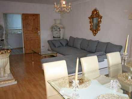Wohnung 1 von 4: Günstige Gelegenheit für Kapitalanleger - Vermietete 3 Zimmer-Wohnung mit Loggia