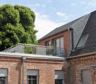 Traumhafte 2-Zimmer-Wohnung mit Dachterrasse, Einbauküche und Fahrstuhl