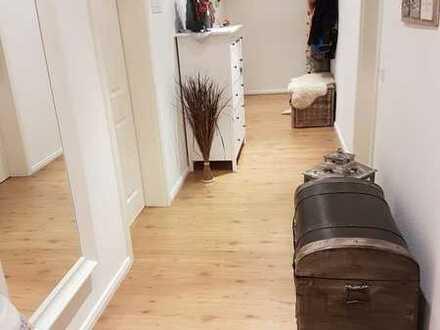 wunderschöne 3-Raum Wohnung mit hochwertiger Ausstattung - sofort bezugsfertig