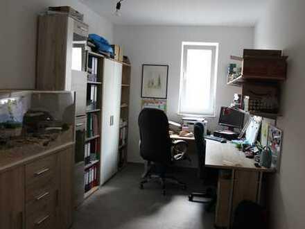 Neue, helle vier Zimmer Wohnung in Alzey mit Garten