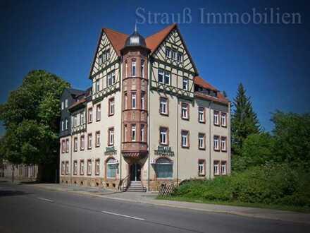 Großzügige sonnige Wohnung mit Laminat...Bad mit Fenster....Stellplatz...Grillplatz...Wäscheplatz
