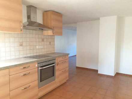 Gemütliche 3,5-Zimmer-EG-Wohnung mit Einbauküche in Klettgau