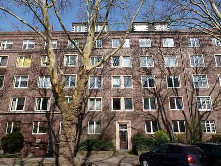 Zwischen Maschsee und Eilenriede: Helle + großzügige 4-Zimmer-Altbauwohnung mit Balkon