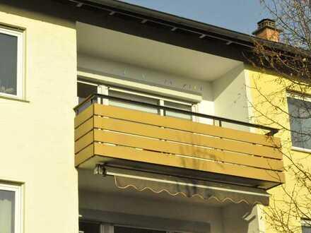 Attraktive 2-Zimmer-Wohnung in Stuttgart-Zuffenhausen mit Sonnenbalkon, EBK und Etagenheizung