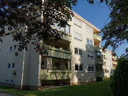 Erstbezug nach Sanierung! 3 Zimmer mit Wohnküche, Balkon, in kleiner Anlage. Top Lage, 1a Anbindung