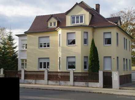 Klasse Dreifamilienhaus im Villenstil mit parkähnlichem Grundstück zu verkaufen