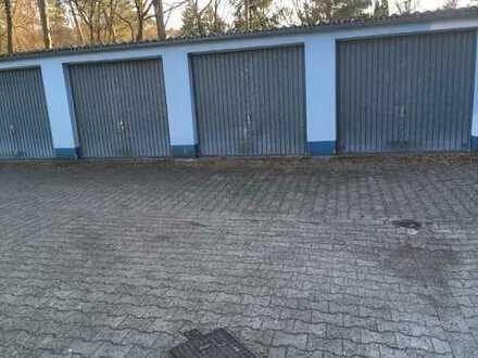 mehrere Garagen in einem Garagenhof in der Waldstadt zu vermieten