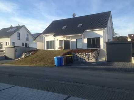Doppelhaushälfte mit Bergsicht in Immendingen/Mauenheim zum 01.01.2020 zu vermieten