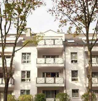 Gepflegte Wohnung in zentraler Lage in Allee mit altem Baumbestand