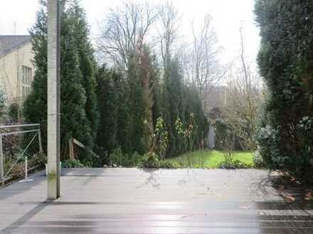 Bochum-Ehrenfeld: Moderne Wohnung mit Terrasse, Garten, Tageslichtbad und Garage