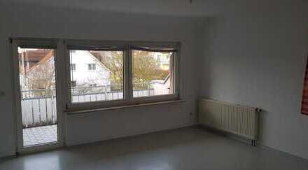 Freundliche 3-Zimmer-Wohnung mit Balkon und Einbauküche in Crailsheim