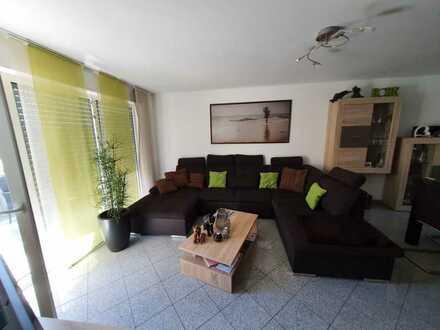Großzügige 2-Zimmer-Wohnung mit Südbalkon in Jesingen zu vermieten!