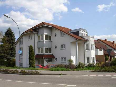 Helle 2 - Zimmer - Wohnung mit Balkon