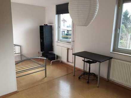 Perfekt für Studies in Bonn oder Köln, helles Zimmer in Bornheim-Sechtem