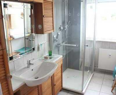 4-Zimmer-Eigentumswohnung mit tollem Ausblick, großem Balkon und Einzelgarage