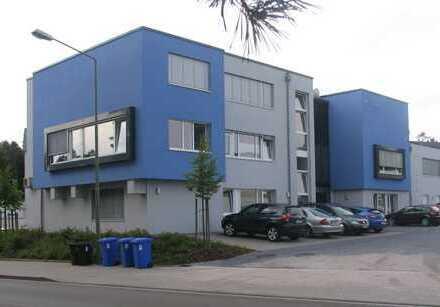 Moderne Büro/Praxisräume am Stadteingang von KL-Siegelbach