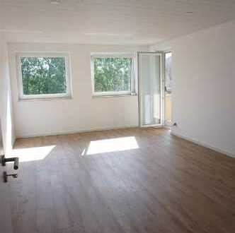 ARNOLD-IMMOBILIEN: renovierte Familienwohnung mit viel Platz