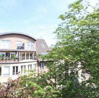 Dachgeschossmaisonette mit 2 Balkonen im Herzen von Frechen