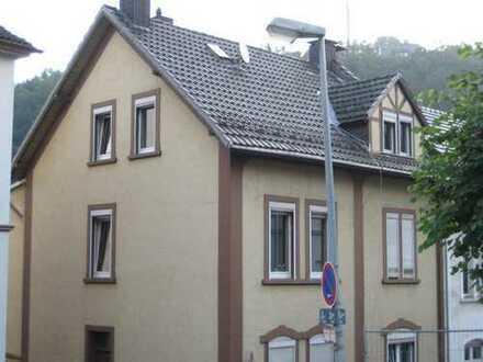 Erstbezug nach Sanierung: schöne 2-Zimmer-Wohnung am Drescheider Berg