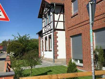 Neuwertige Wohnung mit zweieinhalb Zimmern und EBK in Jembke