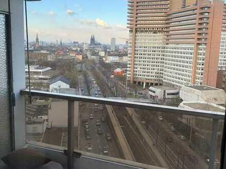 Exklusive, modernisierte 4-Zimmer-Wohnung mit Balkon und Einbauküche in Uni Center Köln