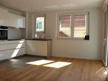 Erstbezug - Helle 2 Zimmer Wohnung mit großzügigem Balkon