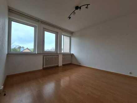 Bi-Sennestadt   Gepflegte 2ZKB (mit Einbauküche & 2 Balkonen)