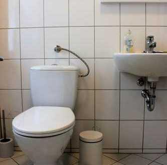 Biete Büro 23 qm in Connewitz zur Untermiete